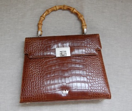 moc-croc bamboo handle handbag | simple pretty